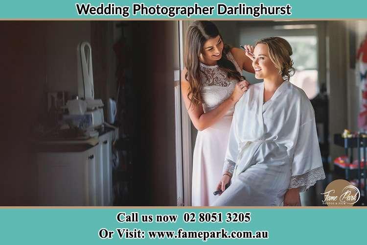 Bride getting ready Darlinghurst NSW 2010