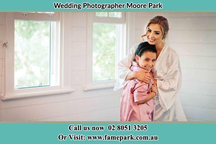 Bride hugging the girl Moore Park NSW 2021