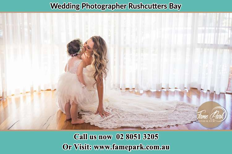 Bride kissed the little girl Rushcutters Bay NSW 2011